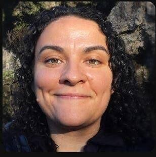 Picture of Deborah Saez