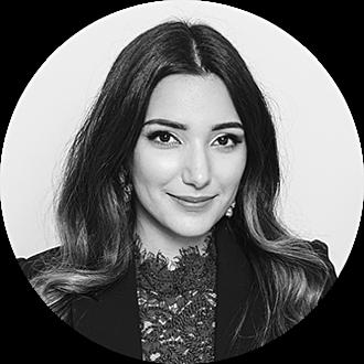 Picture of Nina Akbari