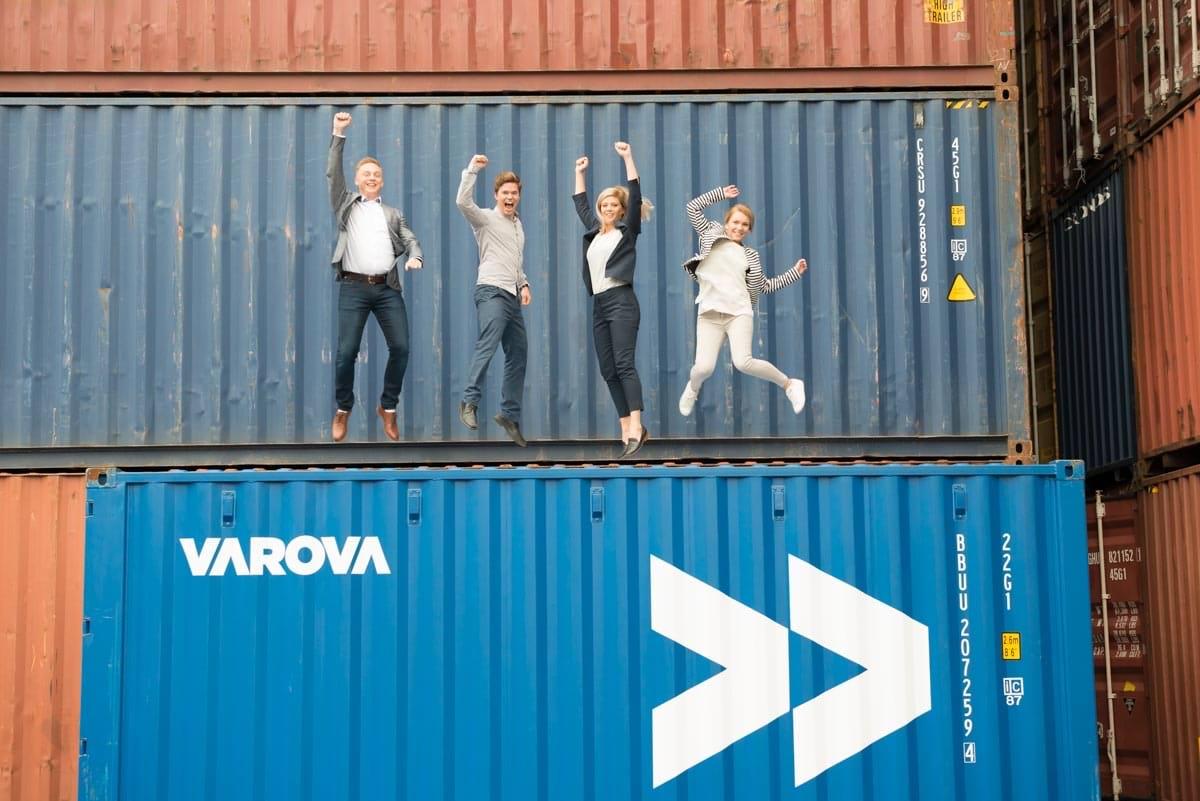 Varova_1118_preview.jpg