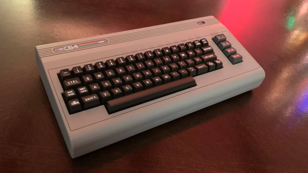 C64-Mini-003.jpg