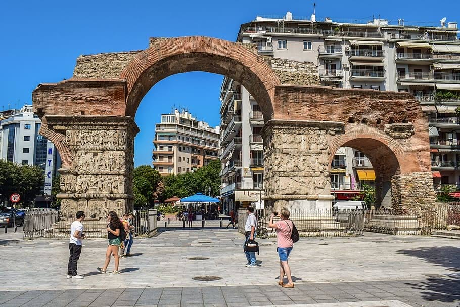 greece-thessaloniki-arch-of-galerius-tourism.jpg