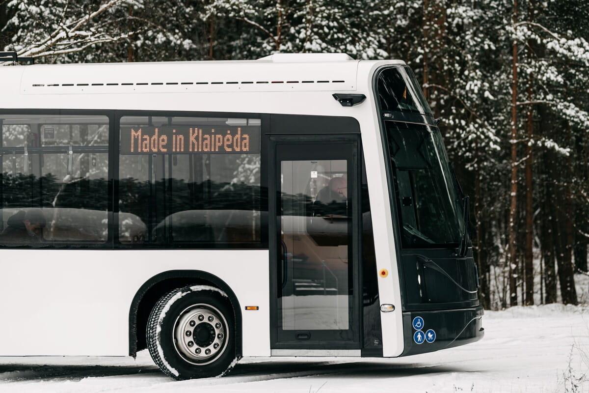 Dancer-bus-white.jpg