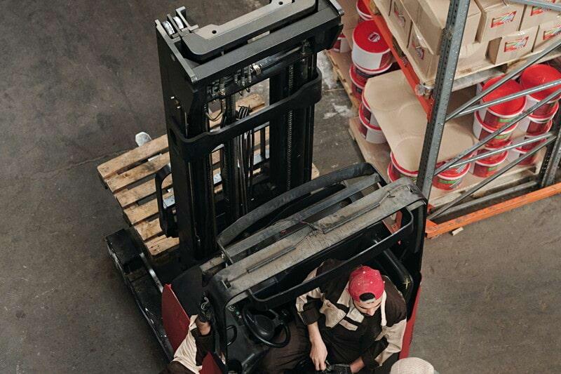 Medarbetare sökes till team för post och godsmottagning image