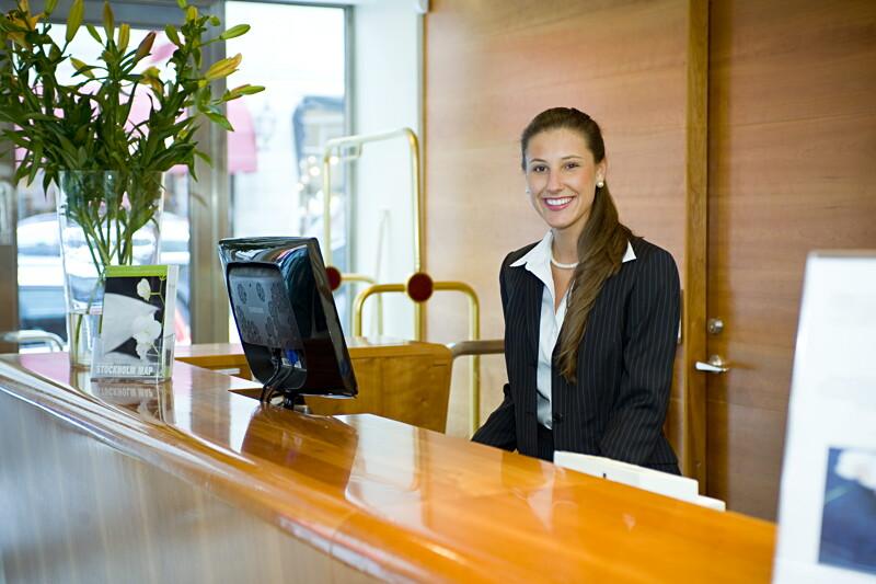 Erfaren hotellreceptionist/nattreceptionist image