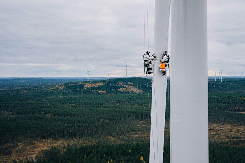 Wind Turbine Rope Access Technician image