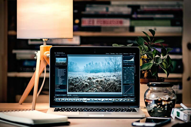 Senior Product Designer image