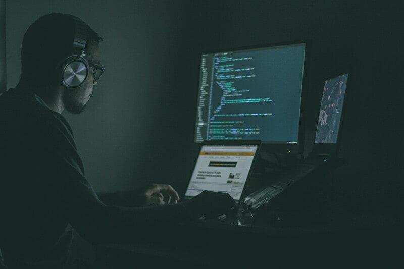 Développeur fullstack Vuejs/Python - Cybersécurité -  Fullremote possible image