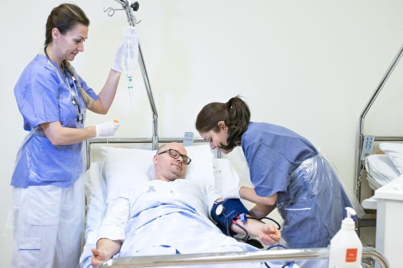 Sjuksyrra AB söker leg. sjuksköterska till HIA i Bollnäs - höstuppdrag! image
