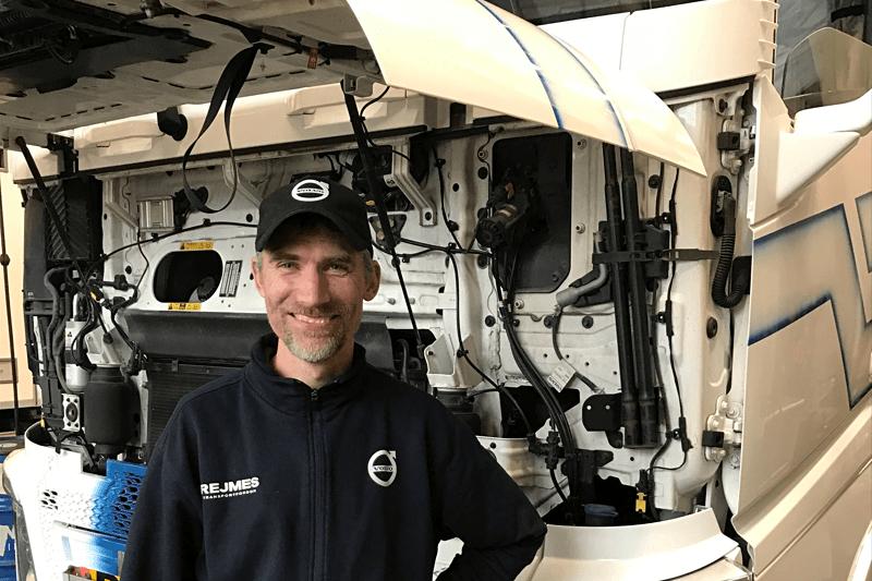 Rejmes Transportfordon söker Lastbilsmekaniker till Falkenberg image
